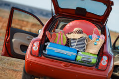 Viaggio dell'automobile di famiglia Immagini Stock Libere da Diritti
