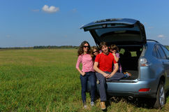 Viaggio dell'automobile di famiglia sulla vacanza di estate Immagini Stock