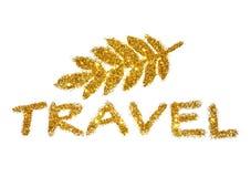 Viaggio dell'iscrizione della scintilla dorata di scintillio su fondo bianco Immagine Stock Libera da Diritti