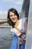 Viaggio della barca lungo il Mosca-fiume Fotografia Stock Libera da Diritti