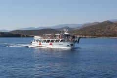 Viaggio della barca sulle isole del mare adriatico Immagine Stock