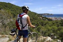 Viaggio della bici di montagna Immagine Stock