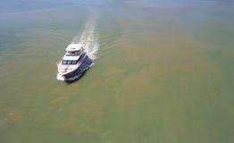 Viaggio di lusso dell'yacht sul mare Fotografia Stock Libera da Diritti