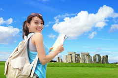 Viaggio felice della donna in Inghilterra Fotografie Stock Libere da Diritti