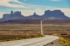 Viaggio stradale alla valle del monumento, Arizona, U.S.A. Fotografie Stock