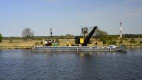 Viaggio sul canale di Piast alla laguna di Szczecin, Polonia della barca video d archivio