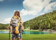 Viajante no lago Fotos de Stock Royalty Free