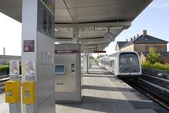 Viajantes do trem de DENMARK_DANMARK_Metro Fotografia de Stock