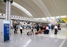 Viajantes na Toronto Pearson Airport Foto de Stock
