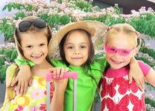 Viajantes pequenos felizes Foto de Stock