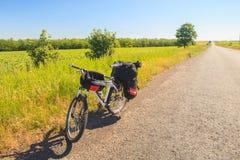 Viajar a la bici foto de archivo