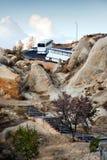 Viaje de coche a las montañas foto de archivo