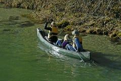 Viaje de la canoa fotografía de archivo libre de regalías
