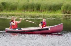 Viaje de la canoa Imagen de archivo libre de regalías