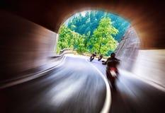 Viaje de los motoristas a lo largo de Europa Foto de archivo libre de regalías