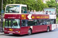 Viaje de tragante abierto del autobús (París) Fotos de archivo libres de regalías