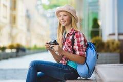 Viaje del adolescente en Europa Concepto del turismo y de las vacaciones Imagenes de archivo