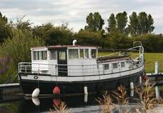 Viaje del barco de canal Foto de archivo libre de regalías