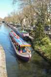 Viaje del barco de canal, Londres Imagen de archivo libre de regalías