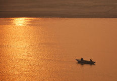 Viaje del barco en el Ganges Fotos de archivo