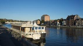 Viaje del barco en el río Foto de archivo