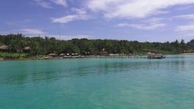 Viaje del barco a las islas tropicales, Tailandia almacen de metraje de vídeo