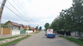 Viaje del bucle temporal del POV en los caminos de Rumania en coche almacen de metraje de vídeo