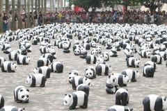 Viaje del mundo de 1600 pandas en Hong Kong Foto de archivo libre de regalías