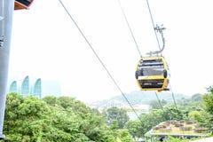 Viaje del teleférico del sentosa de Singapur Foto de archivo