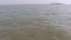 Viaje en el Mar Arábigo cerca de la entrada de la India, Bombay metrajes