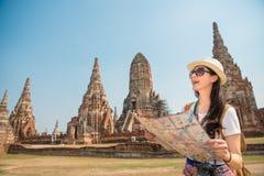 Viaje en Tailandia - mujer turística asiática Fotografía de archivo