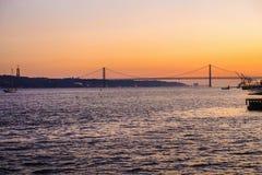 Viaje a Europa Portugal hacer frente a paisaje encantador foto de archivo