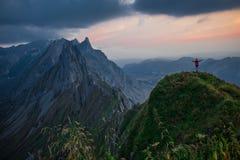 Viaje exploratorio con la región hermosa de la montaña de Appenzell imágenes de archivo libres de regalías