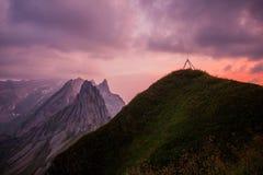 Viaje exploratorio con la región hermosa de la montaña de Appenzell imagen de archivo