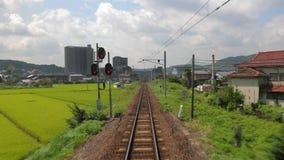 Viaje ferroviario POV en Japón almacen de video