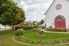 Viaje a la ciudad de Québec, iglesia de Wendake Huron imágenes de archivo libres de regalías