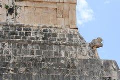Viaje a la cueva maya de la pirámide del arte de México donde los sacrificios fueron realizados imágenes de archivo libres de regalías