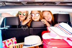 Viaje por carretera de la muchacha Fotos de archivo libres de regalías