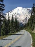 Viaje por carretera del verano al destino del Mt Rainier Popular Pacific Northwest Hiking foto de archivo libre de regalías