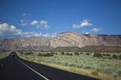 Viaje por carretera en el oeste americano Fotos de archivo libres de regalías