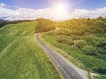 Viaje por carretera en la colina del balanceo en Rotorua, Nueva Zelanda Foto de archivo libre de regalías