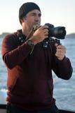 Viaje profesional en fotógrafo de la ubicación y de la naturaleza Foto de archivo