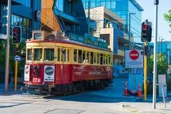 Viaje rojo de la ciudad de la tranvía en Christchurch, Nueva Zelanda Fotografía de archivo