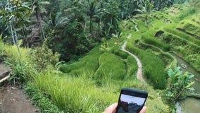 Viaje a través de la trayectoria peligrosa tailandia almacen de video