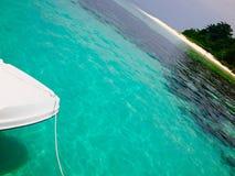 Viaje y días de fiesta tropicales de la isla del concepto abstracto del fondo Fotos de archivo libres de regalías