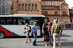 Viajero del caucásico del transporte del viaje del autobús Imágenes de archivo libres de regalías