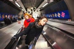 Viajeros del tubo de Londres Fotos de archivo libres de regalías