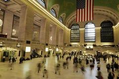 Viajeros en la terminal central magnífica Fotografía de archivo