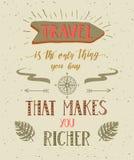 Viajes Ejemplo dibujado mano del vector para la impresión o el cartel de la camiseta con cita de las mano-letras stock de ilustración