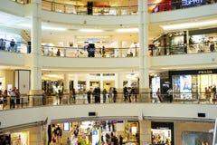 Viale di Shoping Fotografia Stock Libera da Diritti